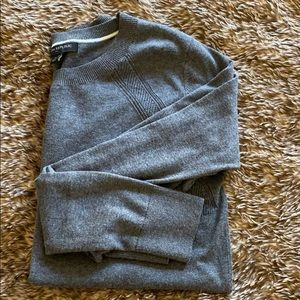 Small grey banana republic sweater